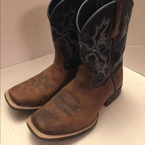 Youth ARIAT 4LR distressed western cowboy boots